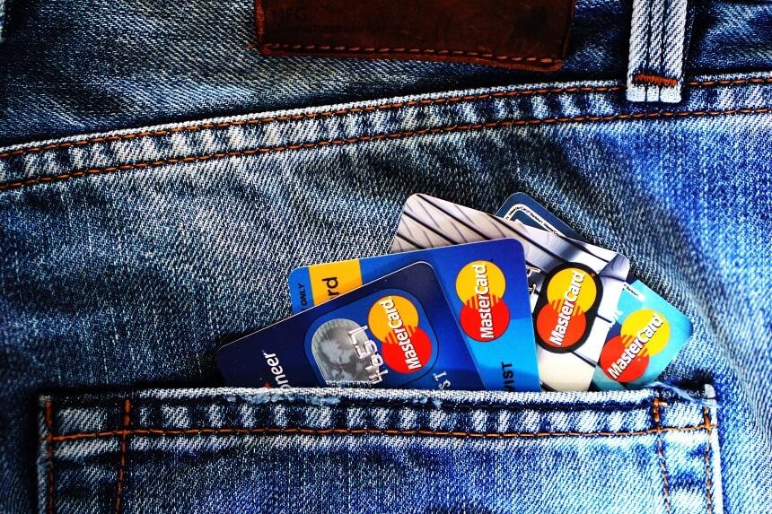 karta kredytowa towar zabroniony kurier UPS