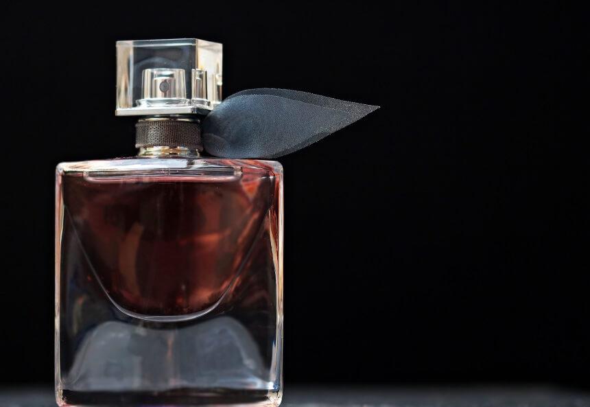 perfum towar wyłączony z transportu kurierem DHL