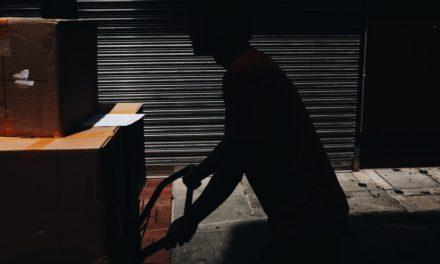 Pakowanie paczek DPD