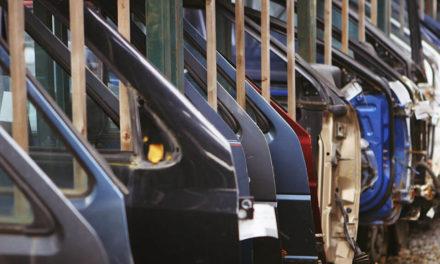 Wysyłka drzwi samochodowych kurierem DHL