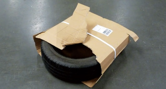 zle-zapakowana-opona-dhl-1