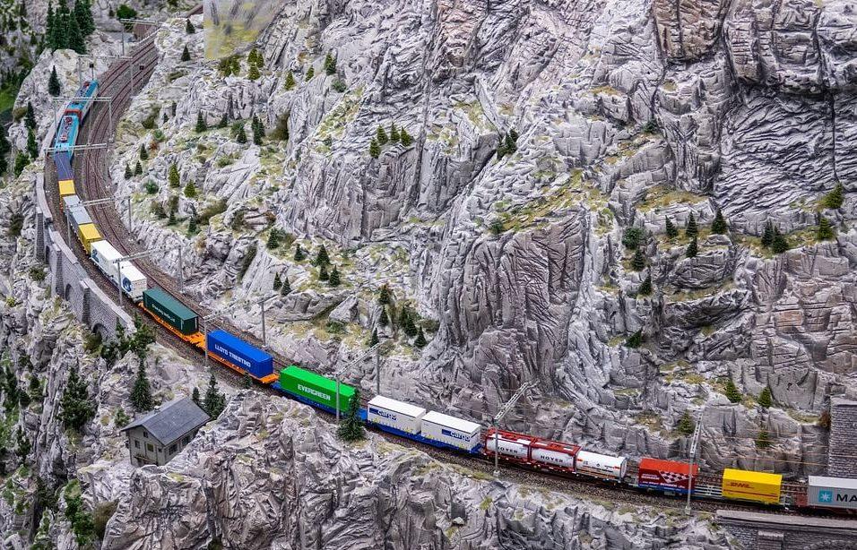 Transport kolejowy kontenerowy